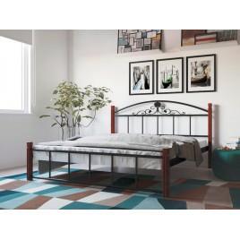 Металлическая кровать Кассандра на деревянных ногах