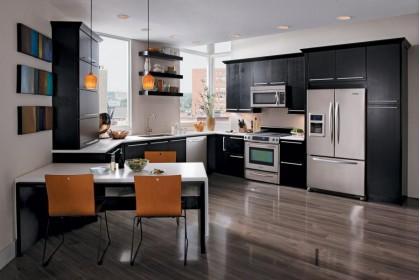 Що краще - замовити кухню або купити готову?