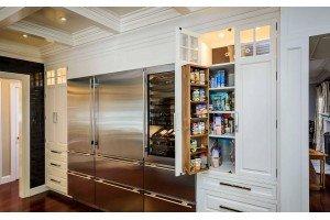 Шкаф пенал для кухни — удобно и практично