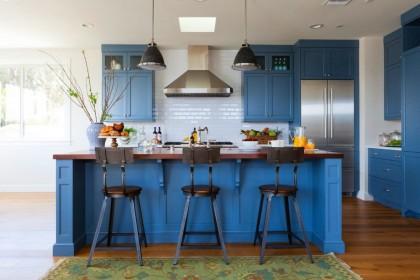 Cиняя кухня в интерьере — особенности создания гармонии