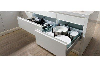Типы выкатных ящиков на кухне